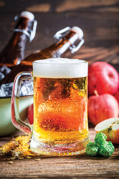 Fresh, cold and homemade apple beer