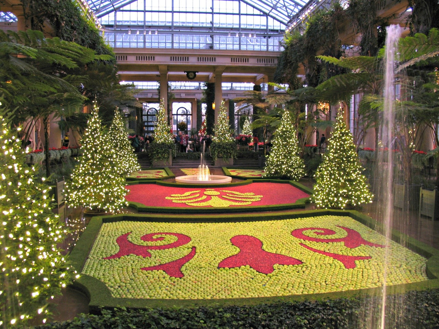 Longwood Gardens Christmas 2019.Daytrippin A Longwood Christmas Baltimore Style